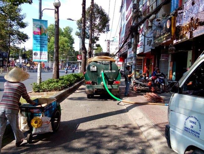 Dịch Vụ Rút Hầm Cầu Giá Rẻ Chuyên Nghiệp Tại TP Hồ Chí Minh
